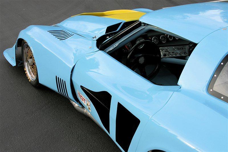 1977-chevrolet-corvette-imsa-6 - Cars One Love